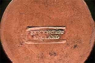 Brickhurst vase (mark)