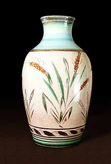 Large Colledge vase with wheat design