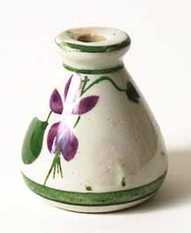 Torquay Devon Violet pot