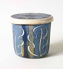Blue Leaper covered pot