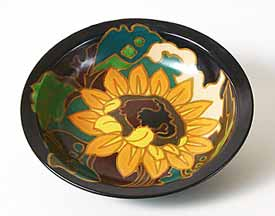 Black Gouda bowl with floral design
