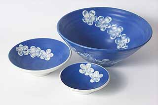 Three blue dishes