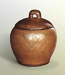 Bernard Leach covered pot