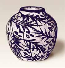 Laeuger vase