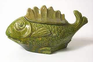 Vallauris fish vessel with lid
