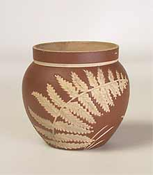 Salopian pot with dark background