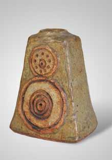 Rooke bottle vase