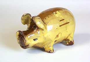 Country pottery pig