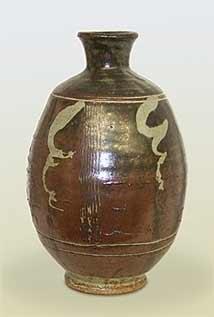 Bernard Leach urn