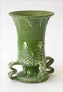 Rye vase with handles