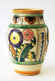 Collard floral vase