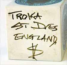 White Troika cube (mark)