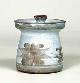 Lidded Wye pot