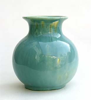 Devonmoor globe vase