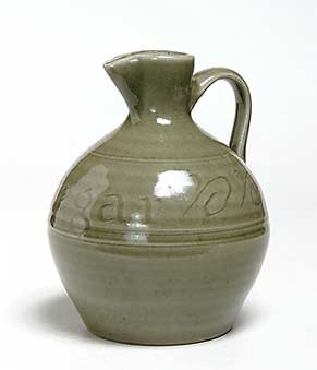 Crowan vinegar jug
