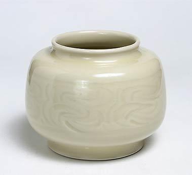 Cream Agnete Hoy vase