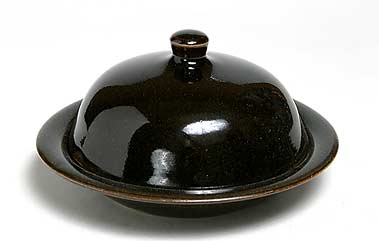 Crowan dome-lidded dish