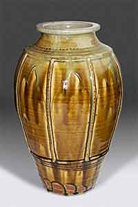 Ribbed ash glaze vase
