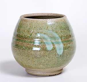 Stoneware studio pot