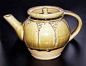 Dodd incised teapot