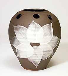Dunster flower holder