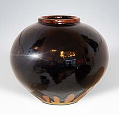 Large round Mommens pot