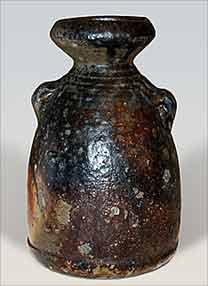 Bayer vase with lugs