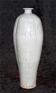 Peter Swanson beech ash vase