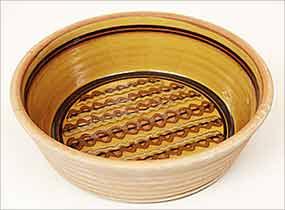 Round Frewin dish