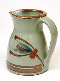 Dart jug