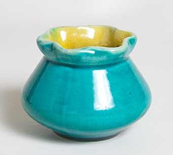 Squat Linthorpe vase