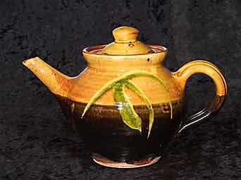 Clive Bowen teapot