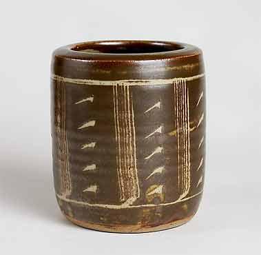 David Leach jar
