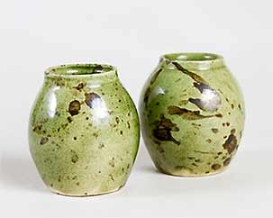 Pair of Zog pots