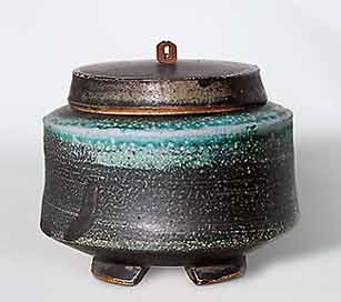 Jeff Oestreich lidded bowl