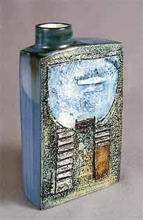 Troika chimney vase