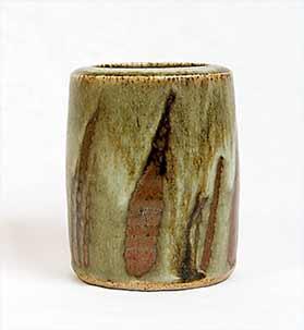 Lowerdown vase
