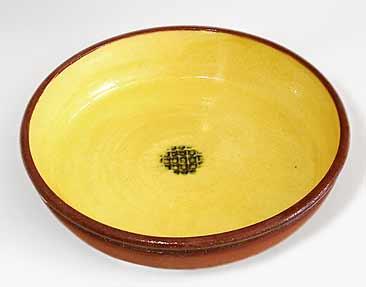 Round Marshall slipware dish