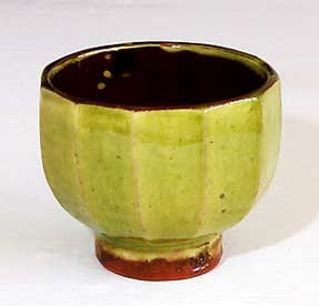 Cut-sided tea bowl