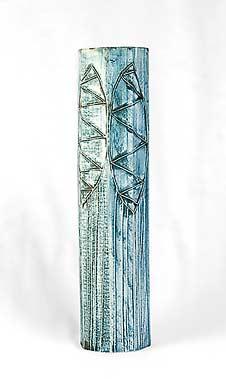Tall octagonal Carn vase (back)