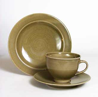 Crowan tableware