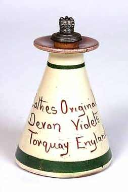 Devon Violets bottle (reverse)