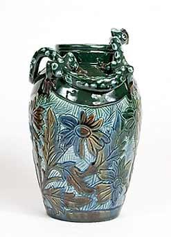 Lauder serpent vase
