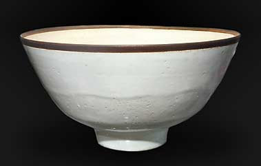 White Lucie Rie bowl