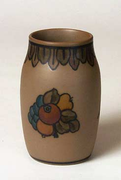 Hjorth fruit vase