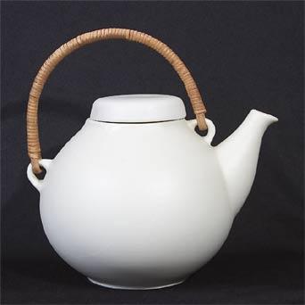 Arabia Ulla Procope white teapot