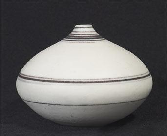 Squat Delan Cookson vase