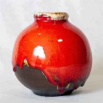 Leaper bomb vase