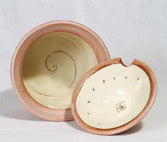 Philip Wood lidded pot (inside)