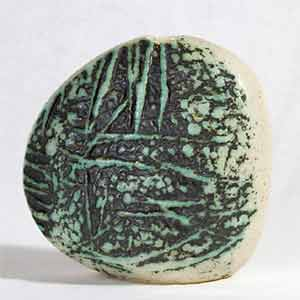 Tremaen stone-shaped vase